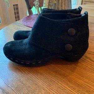 Merrell Shoes - Merrell Luxe Suede Ankle Boots Buttons Performance
